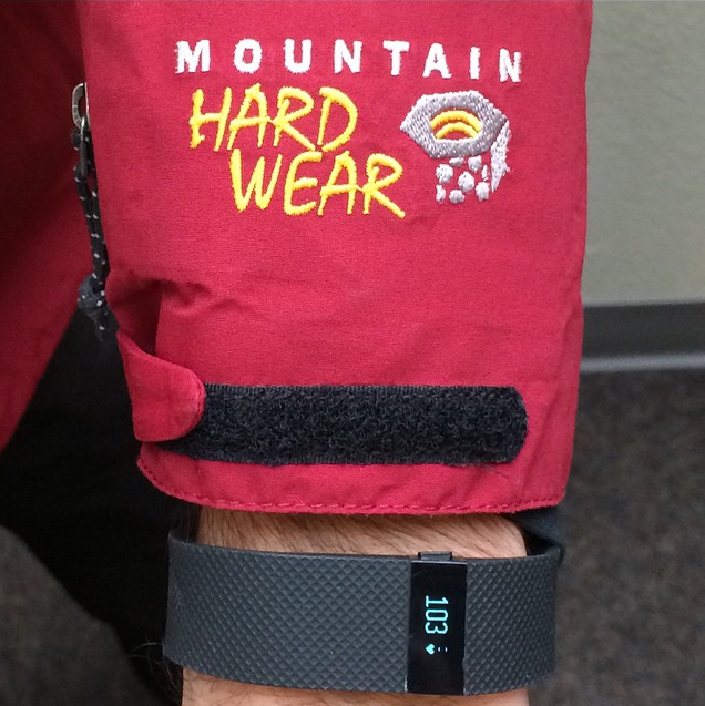 Skiing with FitBit Charge HR.