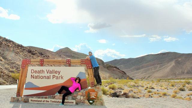 mom-son-death-valley-entrance-640x360